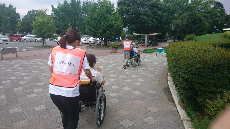 Ozawattiの徒然なるままに 介護福祉士大活躍!(1)ワクチン集団接種ボランティア (2)介護情報マガジン